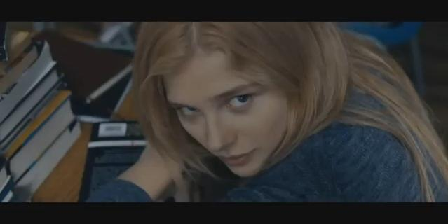 chloe-grace-moretz-carrie-movie-trailer-2013