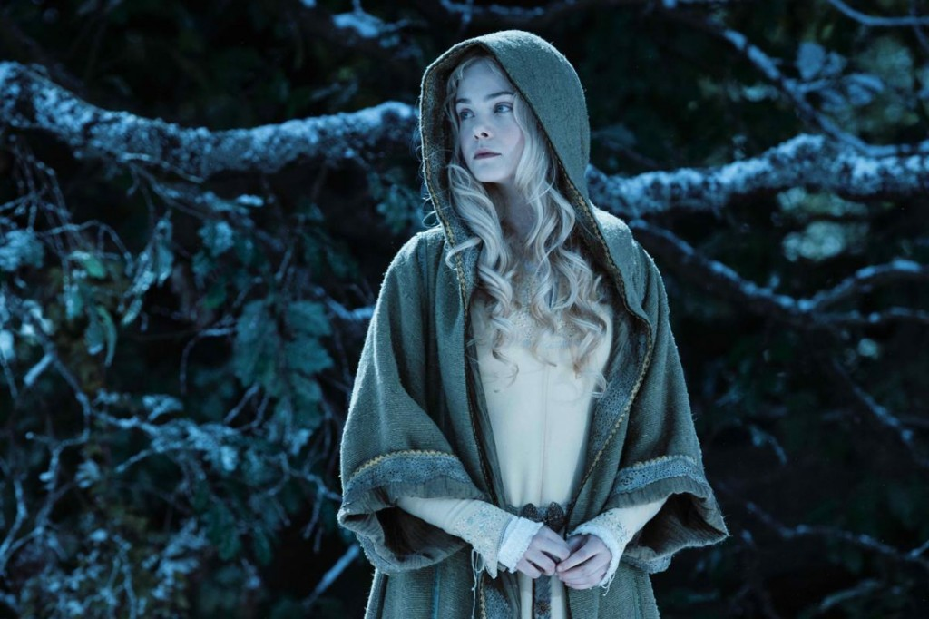 maleficent_aurora-fanning-talks-aurora-in-maleficent-featurette